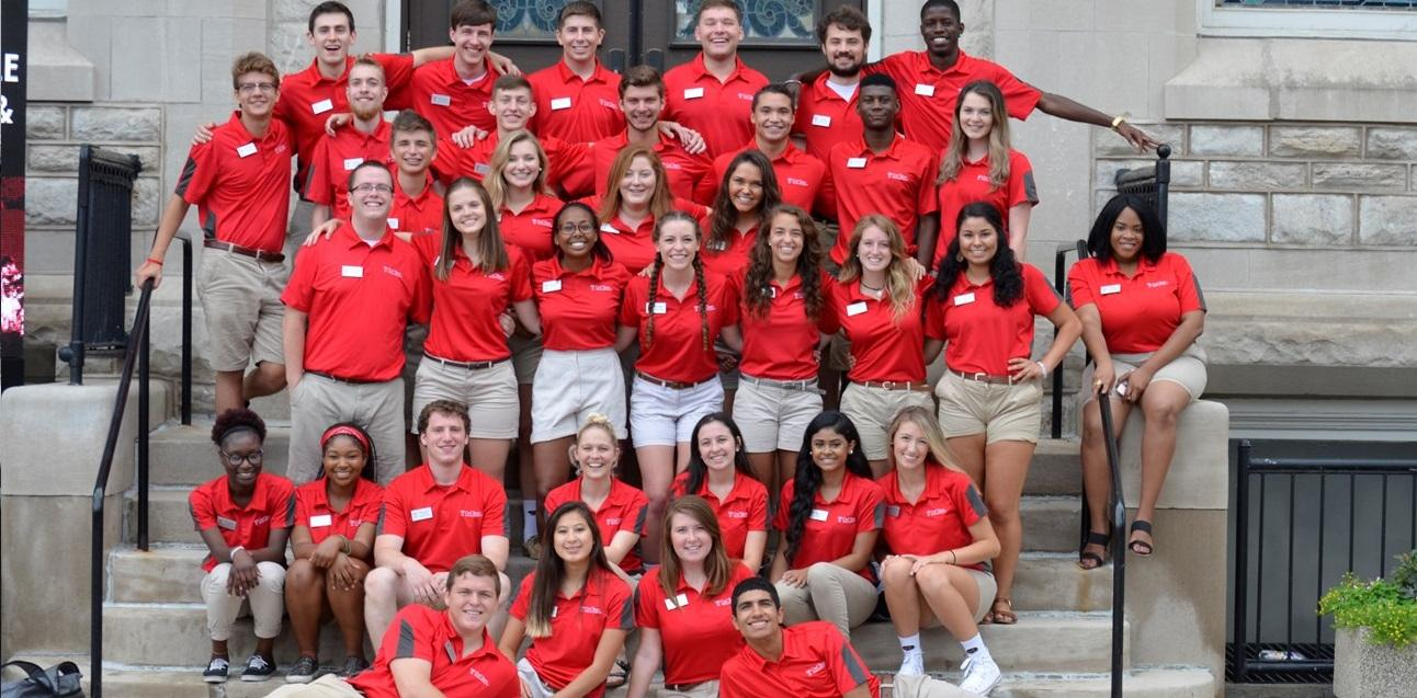 orientation new student family programs meet the 2017 owl team